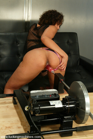 Fucking machine pics. Courtney, young an - XXX Dessert - Picture 2