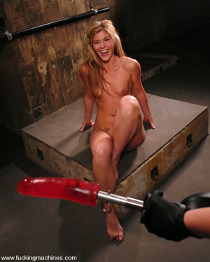 Machine sex. Brand new hot blonde gets m - XXX Dessert - Picture 9