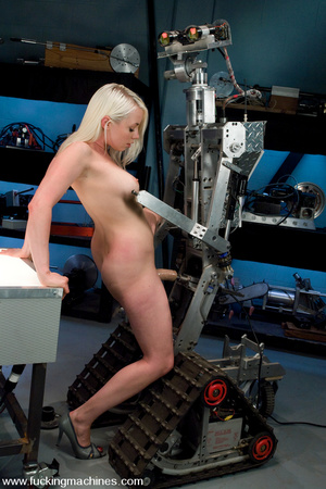 Sex machine xxx. Lorelei Lee gets machin - XXX Dessert - Picture 6