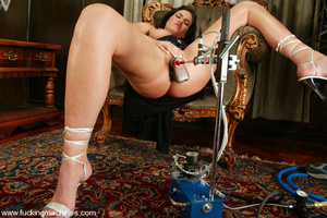 Fucking machine xxx. Faith gets stood up - XXX Dessert - Picture 5