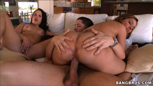 Horny anal porn. Alex Gonz came out to p - XXX Dessert - Picture 12