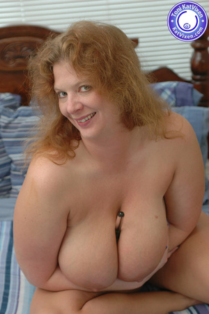 Bbw nude. Toni KatVixen playing with her - XXX Dessert - Picture 10