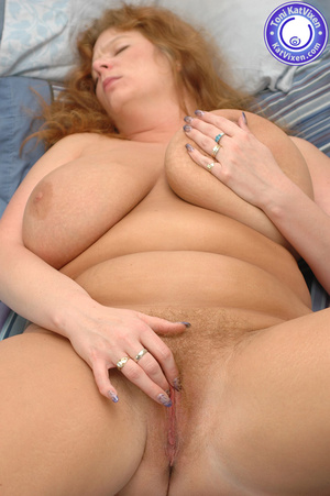 Bbw nude. Toni KatVixen playing with her - XXX Dessert - Picture 15
