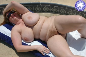 Mature females. Big breasted redhead sun - XXX Dessert - Picture 3
