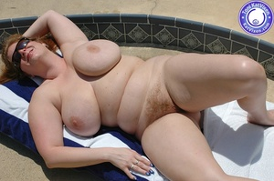 Mature females. Big breasted redhead sun - XXX Dessert - Picture 4