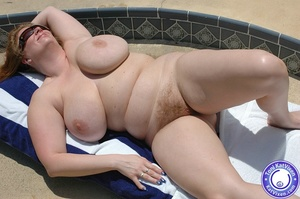 Mature females. Big breasted redhead sun - XXX Dessert - Picture 5