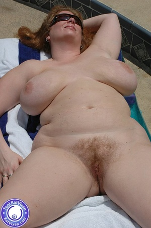 Mature females. Big breasted redhead sun - XXX Dessert - Picture 7