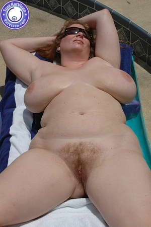 Mature females. Big breasted redhead sun - XXX Dessert - Picture 8