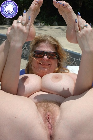 Mature females. Big breasted redhead sun - XXX Dessert - Picture 13