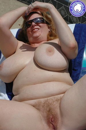 Mature females. Big breasted redhead sun - XXX Dessert - Picture 14