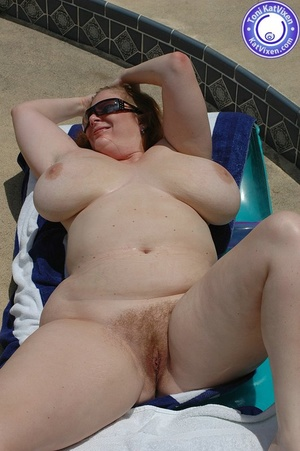 Mature females. Big breasted redhead sun - XXX Dessert - Picture 15