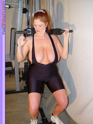 Mature females. Busty Babe Works Out. - XXX Dessert - Picture 11