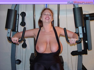Mature females. Busty Babe Works Out. - XXX Dessert - Picture 15