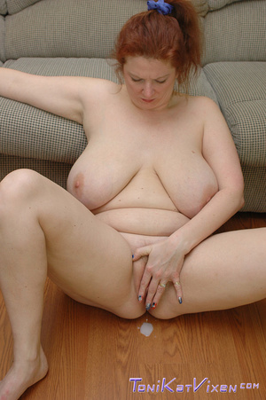 Hot mature. Fucking on the couch. - XXX Dessert - Picture 15