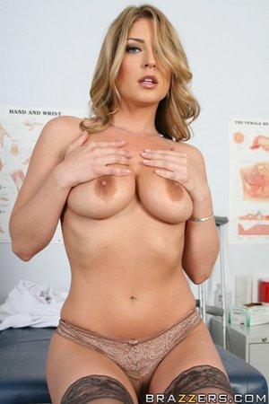 Avy scott nude