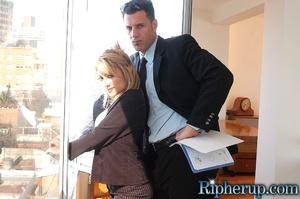Roughsex. Stunning blonde has her clothe - XXX Dessert - Picture 3