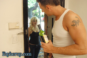 Roughsex. Blonde gets roughed up and clo - XXX Dessert - Picture 1