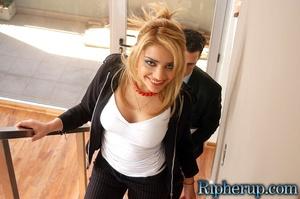 Disgraced porn. Blonde gets stud so hot  - XXX Dessert - Picture 4