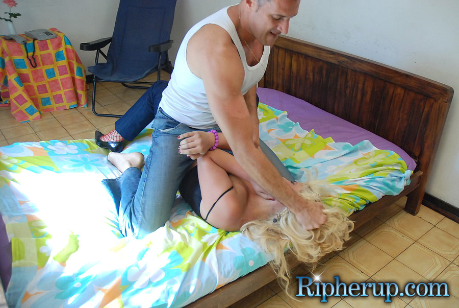 chubby blonde anal cum - Chubby butt blonde gets jeans ri - XXX Dessert - Picture 4
