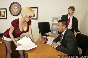 Sexy secretary. Jenny wants a part of th - XXX Dessert - Picture 6