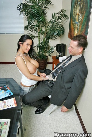 Office lady. Busty office slut Carmella  - XXX Dessert - Picture 6