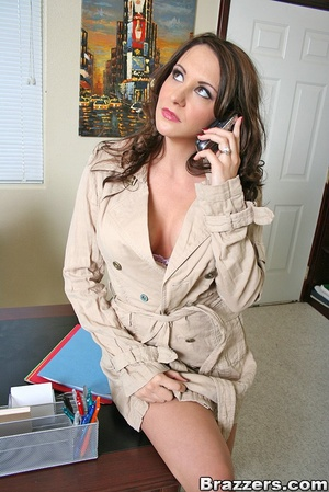 Large breasts porno. Slutty office bitch - XXX Dessert - Picture 3
