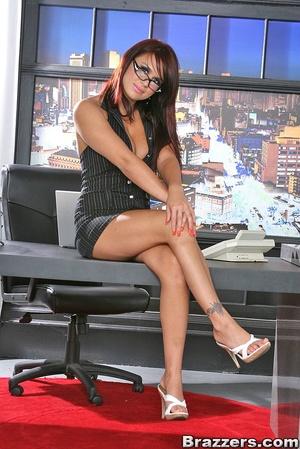 Big titties. Eva Angelina quits her work - XXX Dessert - Picture 1