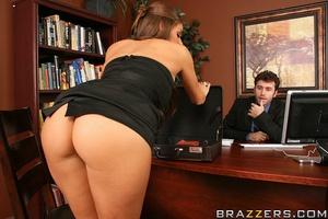 Biggest boobs. Madelyn Marie fucks her w - XXX Dessert - Picture 6