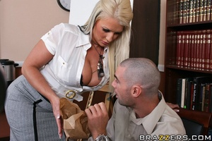 Massive tits. Busty slut gets her pussy  - XXX Dessert - Picture 6