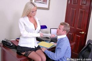 Horny secretary. Nikki Benz going anythi - XXX Dessert - Picture 5