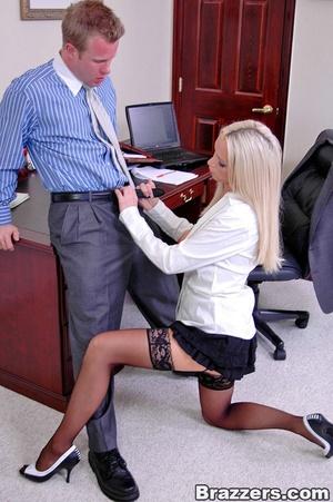 Horny secretary. Nikki Benz going anythi - XXX Dessert - Picture 8