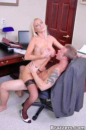 Horny secretary. Nikki Benz going anythi - XXX Dessert - Picture 15