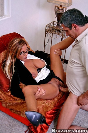 Office girls. Demi Delia and her big tit - XXX Dessert - Picture 9