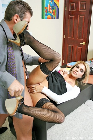 Beautiful tits. Busty office slut Carmel - XXX Dessert - Picture 8