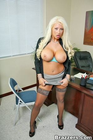 Sexy tits. Busty blonsw secretary gettin - XXX Dessert - Picture 2