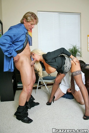 Sexy tits. Busty blonsw secretary gettin - XXX Dessert - Picture 6