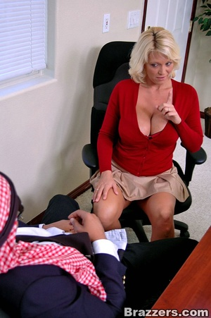 Busty porn. What a busty assistant like  - XXX Dessert - Picture 6