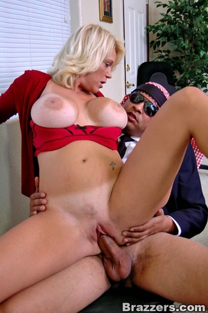 Busty porn. What a busty assistant like  - XXX Dessert - Picture 12