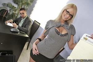 Busty porn. Madison fucks her new boss h - XXX Dessert - Picture 6