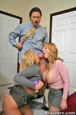 Sexy secretary. Huge titted human ressou - XXX Dessert - Picture 10