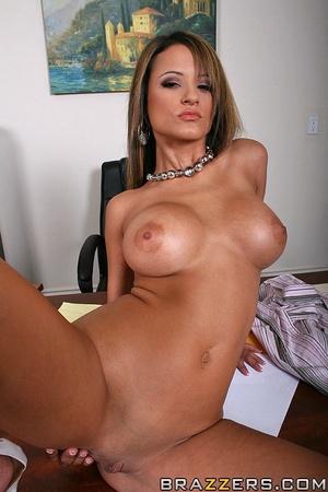 Baby got boobs. Busty office girl Jodi B - XXX Dessert - Picture 3