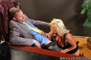 Big tit. Busty Worker getting slammed ha - XXX Dessert - Picture 8
