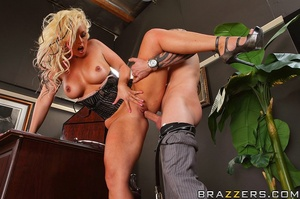 Big tit. Busty Worker getting slammed ha - XXX Dessert - Picture 13