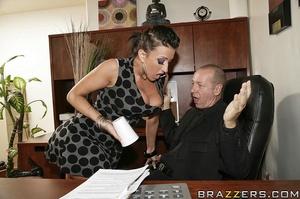 Big titties. Ricki White will do anythin - XXX Dessert - Picture 6