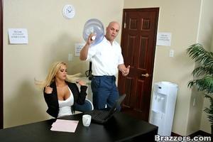 Huge boobs. Hot blonde Shyla Styles poun - XXX Dessert - Picture 3