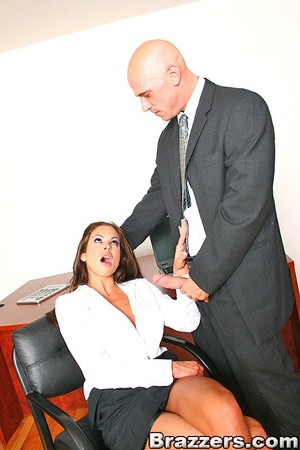 Office porn. Hunter Bryce forced into in - XXX Dessert - Picture 7