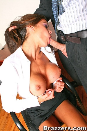 Office porn. Hunter Bryce forced into in - XXX Dessert - Picture 8