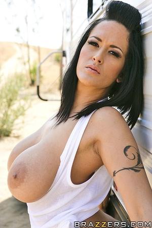 Large breasts porno. Busty Worker fuckin - XXX Dessert - Picture 2