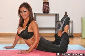 Huge boobs. Priya Rai fucks her client t - XXX Dessert - Picture 3