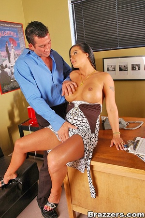 The office xxx. Sexy brunette french off - XXX Dessert - Picture 6